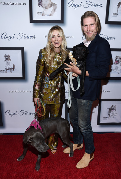 More Pics of Kaley Cuoco Pantsuit (2 of 26) - Suits Lookbook - StyleBistro [conformation show,dog,canidae,junior showmanship,dog breed,sporting group,carpet,red carpet,carnivore,kaley cuoco hosts 9th annual stand up for pits,kaley cuoco,todd,karl cook,pitbulls,california,los angeles,blue,event,9th annual stand up for pits]