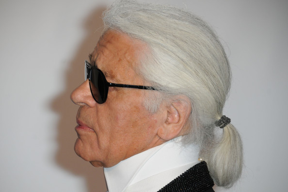 Karl Lagerfeld Plans Late Night Couture Show