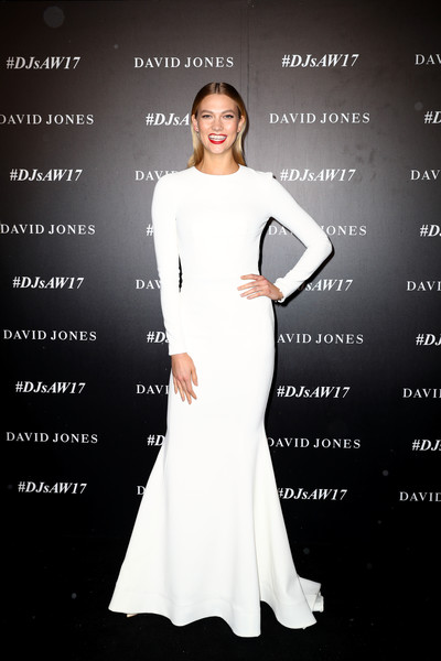 Karlie Kloss Mermaid Gown [autumn winter 2017 collections,dress,white,clothing,fashion model,gown,shoulder,fashion,lady,beauty,hairstyle,david jones,karlie kloss,australia,sydney,st marys cathedral precinct,david jones autumn winter 2017 collections launch]