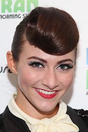 Amy Heidemann paired her pale icy blue eyeshadow with a pair of long lashes and lots of mascara.