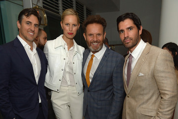 Karolina Kurkova Archie Drury Haute Living Honors Mark And Rhea Burnett At Fontainbleau Miami Beach