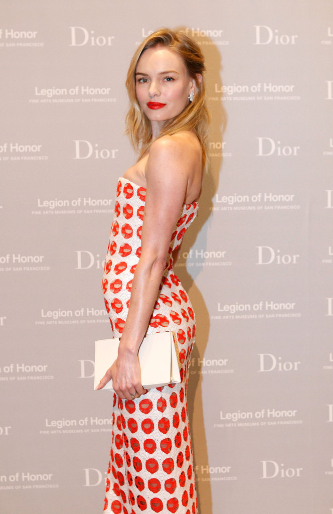 Kate Bosworth Leather Clutch - Kate Bosworth Looks - StyleBistro
