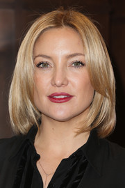 Kate Hudson styled her hair into a face-framing layered cut for her book signing.