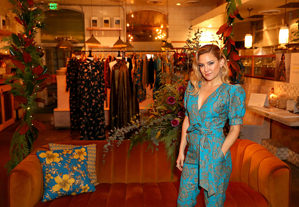 More Pics of Kate Hudson Evening Sandals (5 of 23) - Kate Hudson Lookbook - StyleBistro [fun,room,event,nature eco-evening collection,kate hudson celebrates happy x,kate hudson,daughter,collection,nature,happy x,venice,the butcher\u00e2,cocktail event]