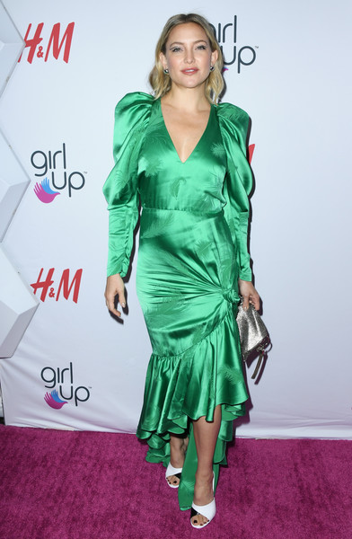 Kate Hudson Chainmail [clothing,cocktail dress,dress,green,fashion model,shoulder,carpet,hairstyle,premiere,fashion,arrivals,kate hudson,girl up girlhero awards,beverly hills,california,beverly wilshire four seasons hotel]