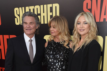Kate Hudson Goldie Hawn Premiere of 20th Century Fox's 'Snatched' - Red Carpet