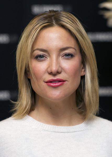 Kate Hudson Berry Lipstick [book,hair,face,eyebrow,hairstyle,blond,lip,chin,head,beauty,skin,kate hudson,copies,pretty happy,london,england,selfridges,book signing]