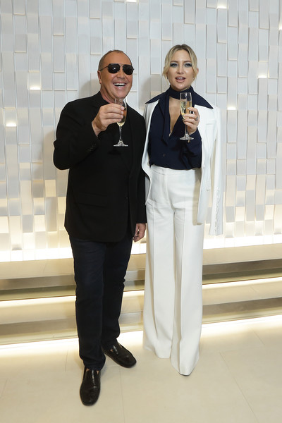 Kate Hudson Pantsuit [white,suit,formal wear,fashion,eyewear,tuxedo,white-collar worker,event,pantsuit,photography,michael kors,actress,kate hudson,l-r,toast,orchard road,singapore,michael kors mandarin gallery flagship,cocktail party]