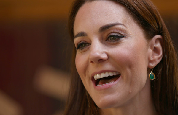 Kate Middleton Dangling Gemstone Earrings [face,hair,facial expression,eyebrow,skin,smile,nose,cheek,tooth,head,catherine,duchess,garden,cambridge,london,united kingdom,royal hospital chelsea,rhs chelsea flower show]