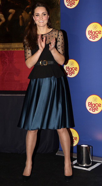 Kate Middleton Knee Length Skirt [little black dress,leg,beauty,flooring,shoulder,carpet,dress,fashion,fashion model,girl,dress,dress,duchess of cambridge,catherine,attends,duchess,polka dot,cambridge,place2be wellbeing schools awards reception,place2be wellbeing in schools awards reception,catherine duchess of cambridge,united kingdom,william kate,clothing,hobbs ltd,polka dot,dress]