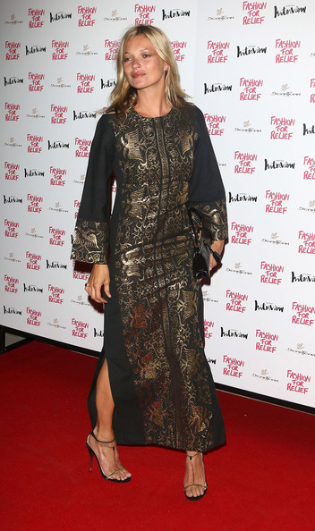 Kate Moss Evening Dress [naomi campbell hosts olympic celebration dinner,kate moss,naomi campbell,flooring,carpet,fashion model,fashion,red carpet,long hair,little black dress,fashion design,girl,fashion for relief a charity dinner,london,england,downtown mayfair]