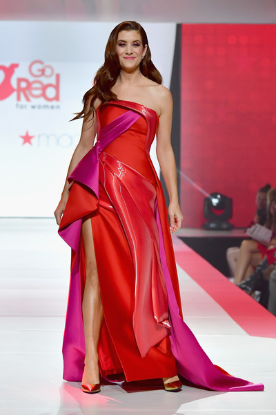Kate Walsh Evening Pumps [fashion model,fashion show,clothing,fashion,dress,gown,shoulder,haute couture,model,satin,kate walsh,runway,stage,hammerstein ballroom,new york city,american heart associations go red for women red dress collection,macys,american heart associations go red for women red dress collection 2018]
