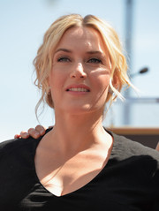 Kate Winslet was sexily coiffed with a messy-glam updo during her Hollywood Walk of Fame ceremony.