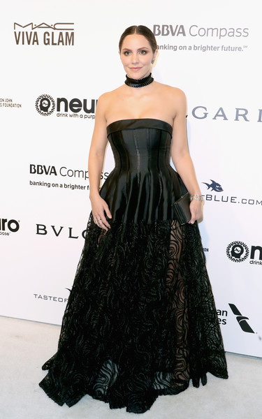 Katharine McPhee Strapless Dress [dress,clothing,fashion model,shoulder,strapless dress,gown,fashion,hairstyle,carpet,waist,arrivals,katharine mcphee,west hollywood park,california,the city,elton john aids foundation,oscar viewing party]