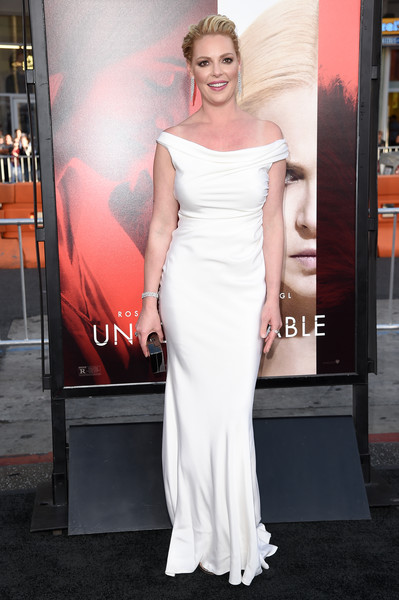 Katherine Heigl Off-the-Shoulder Dress [thriller,unforgettable,photo,dress,gown,clothing,shoulder,fashion model,premiere,carpet,joint,lady,fashion,arrivals,katherine heigl,richard shotwell,tcl chinese theater,warner bros. pictures,premiere,premiere]