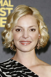 Katherine Heigl wore a nude pearlescent lipstick while attending a photocall for 'One for the Money' in Berlin.