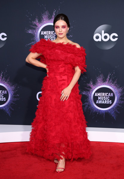 Katherine Langford Off-the-Shoulder Dress [red carpet,dress,carpet,clothing,shoulder,gown,red,flooring,fashion model,fashion,arrivals,katherine langford,american music awards,microsoft theater,los angeles,california]