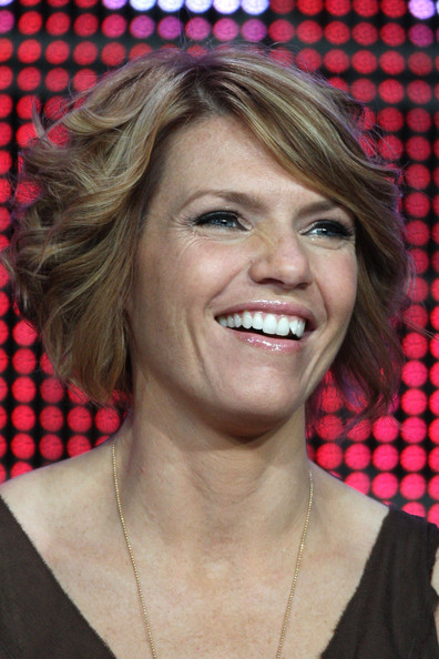 Kathleen Rose Perkins Curled Out Bob [episodes,hair,face,hairstyle,blond,eyebrow,chin,lip,layered hair,smile,feathered hair,kathleen rose perkins,beverly hills,california,beverly hilton hotel,tca,panel,summer tca]