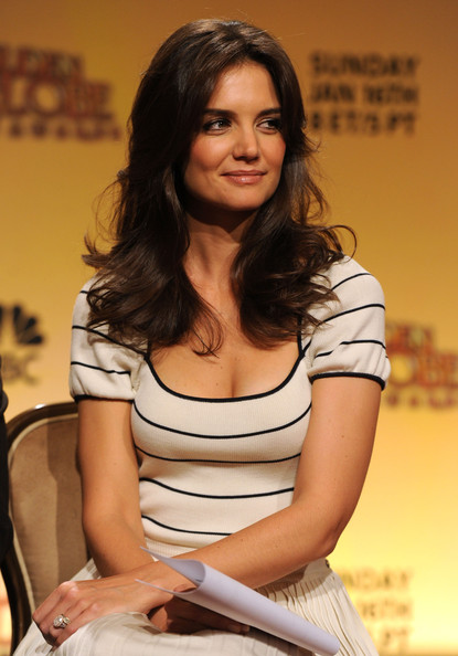 Katie Holmes Cocktail Ring [sitting,leg,thigh,black hair,photography,long hair,brown hair,abdomen,photo shoot,katie holmes,nominations,beverly hills,california,beverly hilton hotel,golden globe awards,nomination announcement]