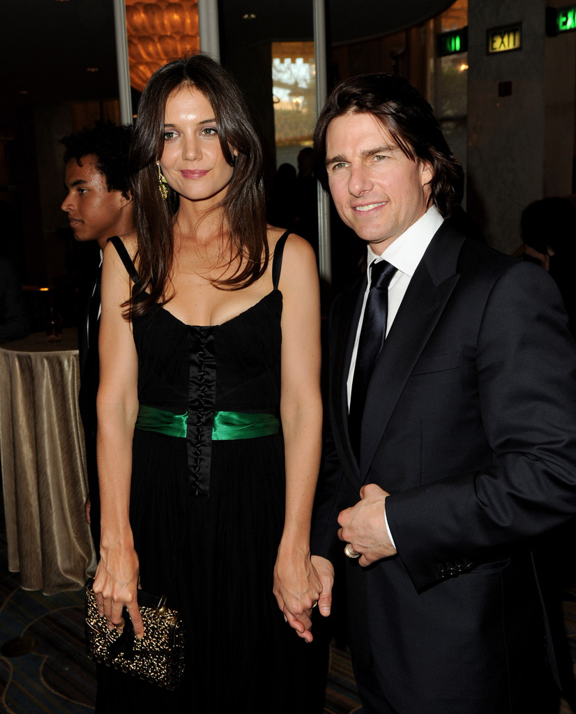 orlando bloom dating katie holmes Back in october, kerr had divorced actor orlando bloom, with whom she had a   model kate upton and katie holmes, who were in another box, stopped by   dating a supermodel, he was pursuing deals and drawing the malaysian prime.