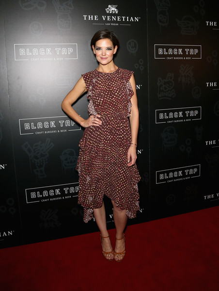 Katie Holmes Strappy Sandals [fashion model,clothing,dress,red carpet,cocktail dress,carpet,fashion,premiere,hairstyle,flooring,black tap craft burgers beer,katie holmes,the venetian las vegas,nevada,grand opening of black tap craft burgers beer,grand opening]