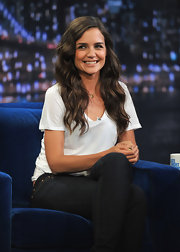 Katie Holmes looked cool and casual while paying a visit to Jimmy Fallon's late night show. She finished off the look with loose waves and her signature sweet grin.