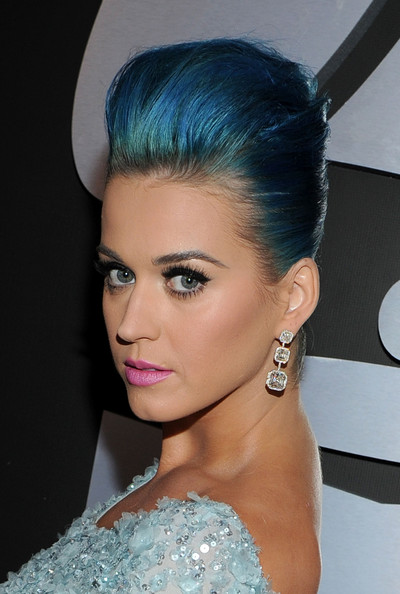 Katy Perry Dangling Diamond Earrings [red carpet,hair,face,hairstyle,eyebrow,beauty,chin,turquoise,lip,black hair,eyelash,katy perry,california,los angeles,staples center,54th annual grammy awards]