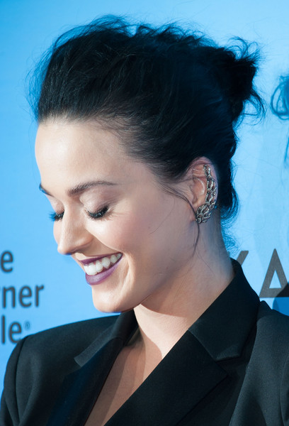 Katy Perry Ear Cuff [hair,face,hairstyle,eyebrow,chin,black hair,beauty,forehead,ear,lip,katy perry,arrivals,ace hotel downtown la,california,los angeles,the theatre,screening of epix,katy perry: the prismatic world tour]
