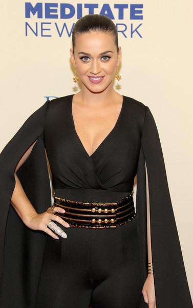 Katy Perry Statement Ring [clothing,beauty,hairstyle,dress,fashion,shoulder,neck,premiere,carpet,little black dress,katy perry,change,new york city,david lynch foundation benefit concert]