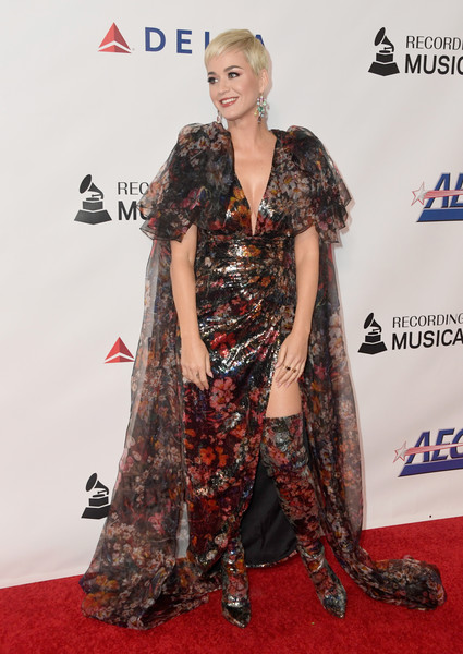 Katy Perry Sequin Dress [red carpet,carpet,clothing,premiere,hairstyle,fashion,flooring,dress,long hair,fashion design,musicares person of the year,los angeles convention center,california,dolly parton,arrivals,katy perry]