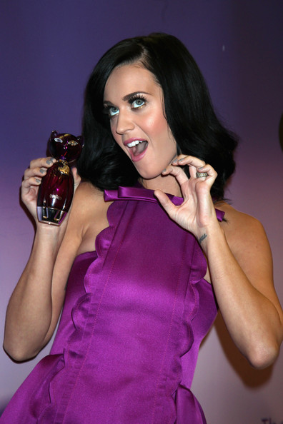 http://www3.pictures.stylebistro.com/gi/Katy+Perry+Fragrance+Launch+mwKf-DI-MJTl.jpg
