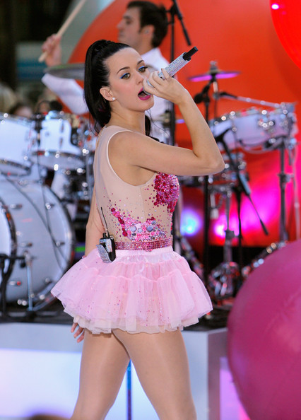 More Pics of Katy Perry Ballet Flats (2 of 41) - Katy Perry Lookbook - StyleBistro [katy perry,performance,dancer,pink,singer,lady,event,performing arts,fashion,public event,leg,new york city,rockefeller center,nbc]