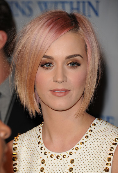 Katy Perry Layered Razor Cut