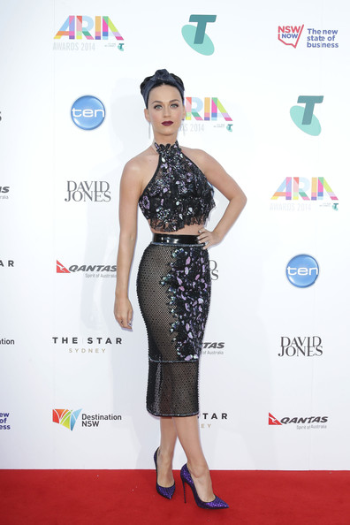 Katy Perry Crop Top [red carpet,clothing,dress,carpet,fashion,fashion model,hairstyle,waist,cocktail dress,flooring,arrivals,katy perry,sydney,australia,aria awards,the star]