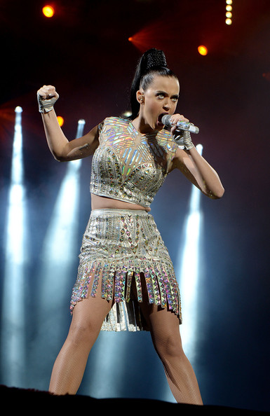 Katy Perry Crop Top [performance,entertainment,performing arts,music artist,stage,dancer,event,music,performance art,singer,katy perry,radio 1s big weekend,glasgow green,scotland]