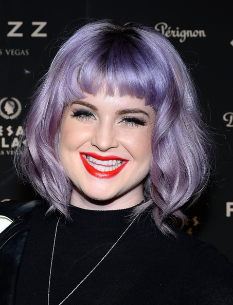 Kelly Osbourne Short Wavy Cut
