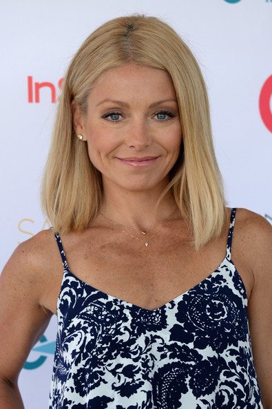 Kelly Ripa Medium Straight Cut