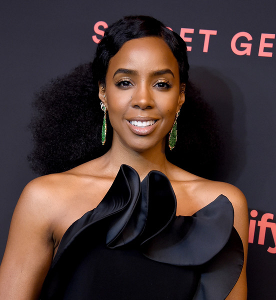 Kelly Rowland Ponytail [hair,hairstyle,beauty,shoulder,lip,premiere,black hair,dress,long hair,smile,spotify,arrivals,kelly rowland,the theatre,california,los angeles,ace hotel,2nd annual secret genius awards]