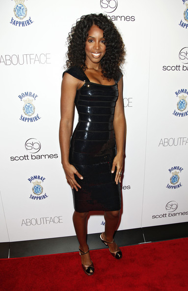 Kelly Rowland Medium Curls