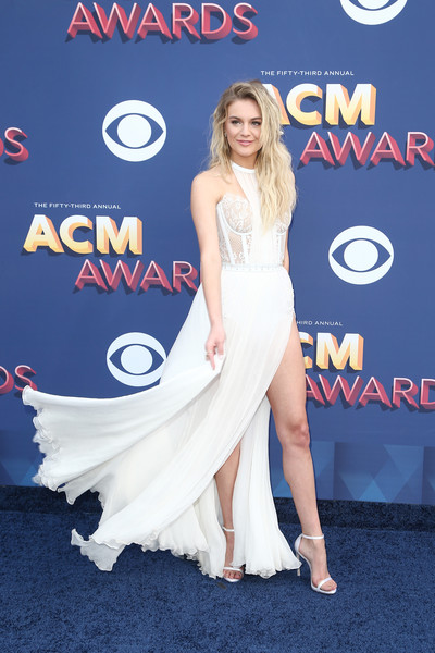 Kelsea Ballerini Corset Dress [country music,flooring,beauty,lady,shoulder,carpet,fashion model,joint,cocktail dress,gown,fashion,arrivals,kelsea ballerini,lady,red,flooring,beauty,shoulder,las vegas,academy of country music awards,kelsea ballerini,53rd academy of country music awards,academy of country music awards,academy of country music,red carpet,carpet,country music,2018,red,berta bridal]