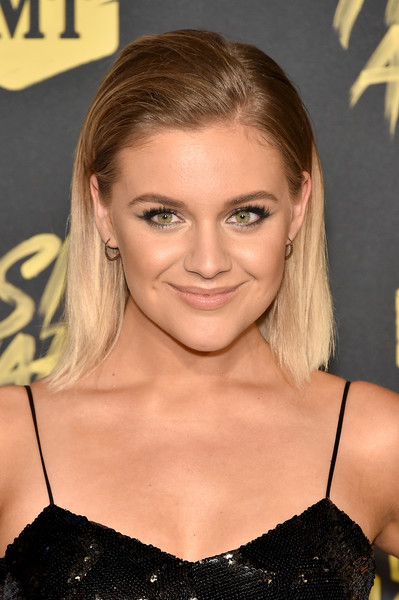 Kelsea Ballerini Medium Straight Cut