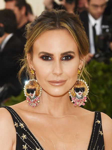 Keltie Knight Dangle Decorative Earrings [hair,eyebrow,face,hairstyle,fashion model,beauty,lip,chin,jewellery,eyelash,heavenly bodies: fashion the catholic imagination costume institute gala - arrivals,new york city,metropolitan museum of art,keltie knight]