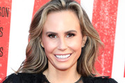 Keltie Knight Long Wavy Cut