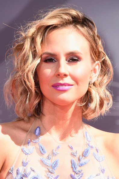 Keltie Knight Curled Out Bob [hair,face,hairstyle,blond,eyebrow,chin,beauty,skin,lip,long hair,arrivals,keltie knight,2014 mtv video music awards,inglewood,california,the forum]