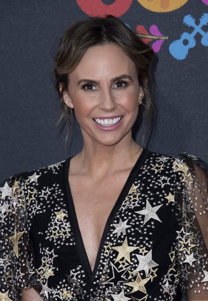 Keltie Knight Loose Bun
