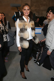 Patterned skinny pants added some more flare to Heidi Klum's outfit, which she wore backstage at Kenneth Cole.
