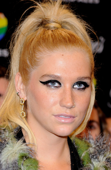 Kesha Cat Eyes