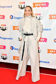 Rita Ora's gray jacket and wide-leg pants combo at Key 103 Live was an edgy-chic way to suit up!