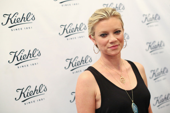 More Pics of Amy Smart Tank Top (1 of 16) - Amy Smart Lookbook - StyleBistro