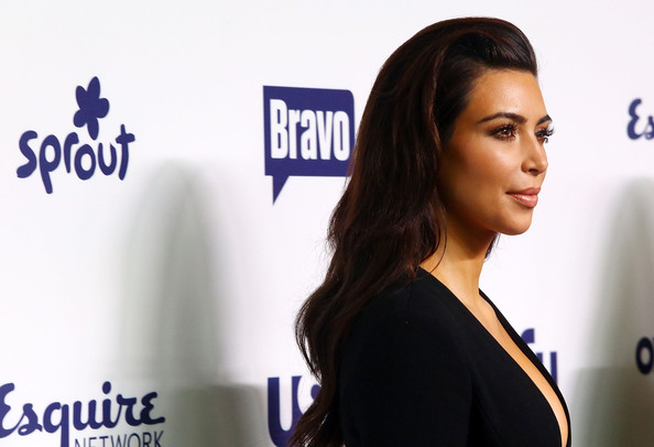 Kim Kardashian Long Wavy Cut